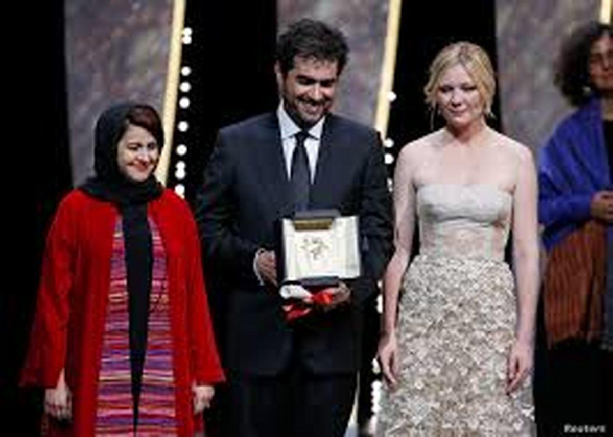 لحظه واکسن زدن شهاب حسینی در آمریکا جنجالی شد + فیلم