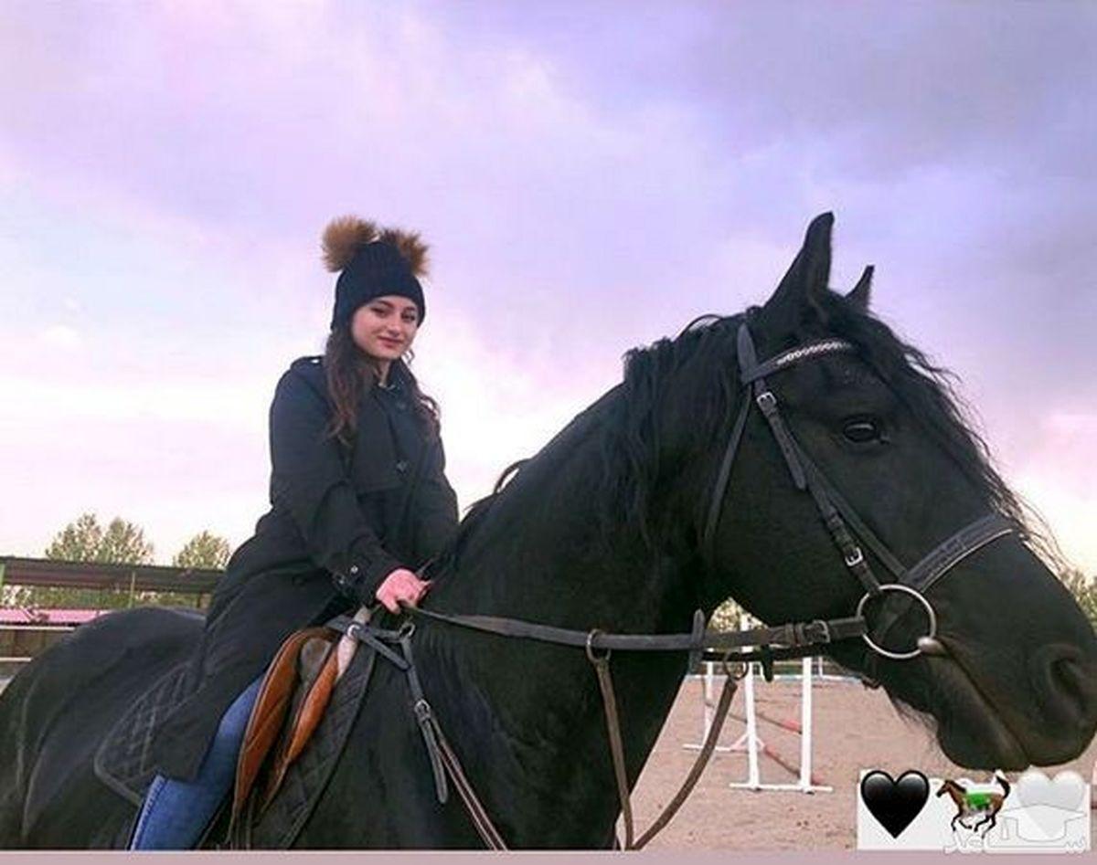 اسب میلیاردی سارا و نیکا غوغا به پا کرد + فیلم جنجالی